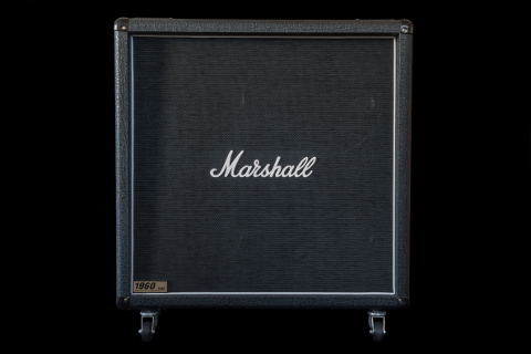 Marshall 1960b 4x12 Cabinet front